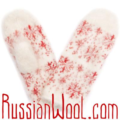 Варежки из козьего пуха, белые с красными снежинками
