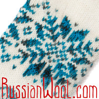 Варежки белые с сине-голубой снежинкой
