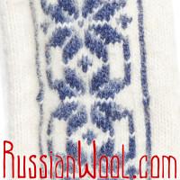 Варежки Иней сине-белые с крупным узором