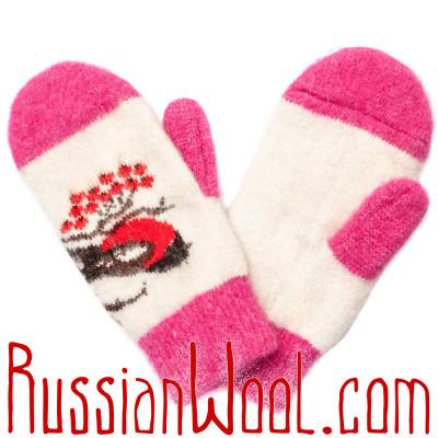 Варежки Снегири розово-белые