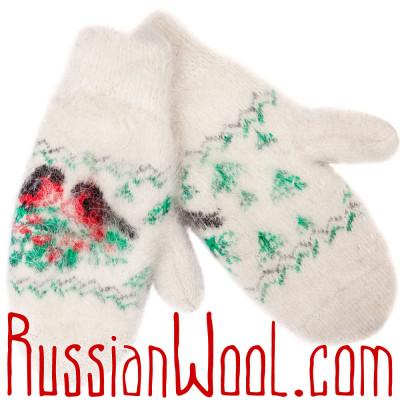 Варежки Снегири в Лесу белые пуховые