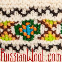 Гольфы Пастушьи Ажурные шерстяные белые с зелено-черной вышивкой