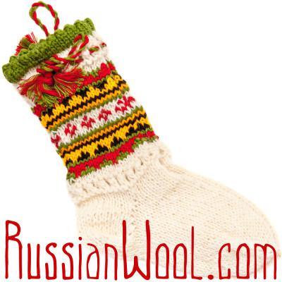 Носки Пастушьи Нарядные шерстяные с красно-травянистыми кисточками