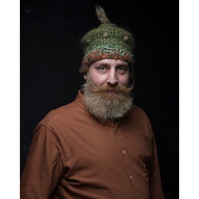Стильная вязаная шапка для женщин и мужчин