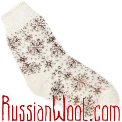 Носки со снежинками пуховые коричнево-белые