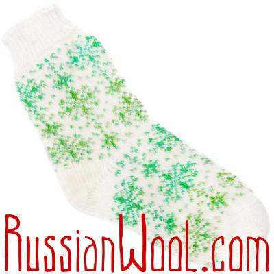 Носки со снежинками пуховые зелено-белые