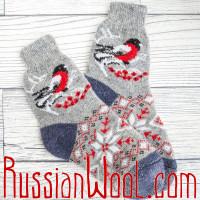 Носки Снегири с орнаментом шерстяные серые с синей пяткой