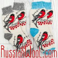 Комплект Снегири: голубо-белые женские шерстяные носки